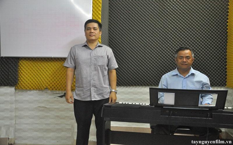 luyện thi tiếng hát mãi xanh