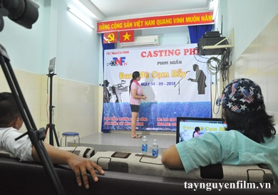 to-chat-giup-ban-thanh-cong-trong-nghe-dien-vien