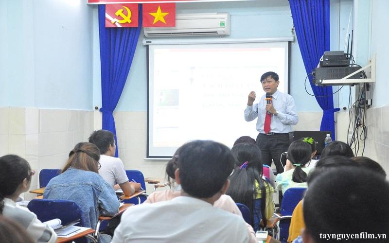 khai giảng khóa học mc hội thảo tháng 8. 2020