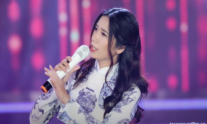 cách tự tin hát trên sân khấu
