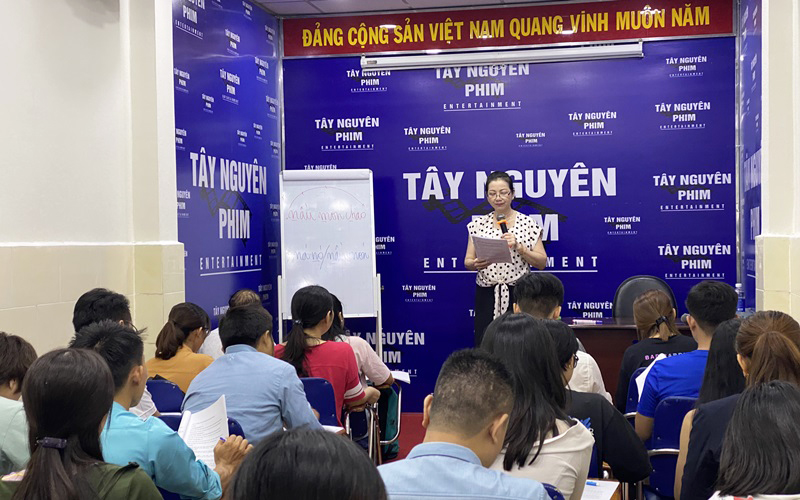luyện giao tiếp tốt online